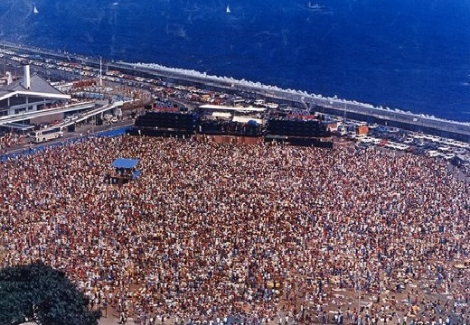 Enoshima BeachJapan Heart Concert 1979 edit